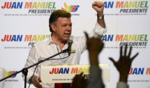 Juan Manuel Santos (c) Photo by LUIS ACOSTA/AFP/Getty Images